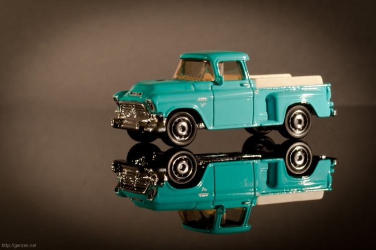 gmc_pickup_classic_1956_matchbox_1