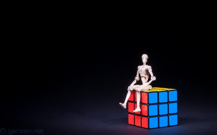 star_wars_droid_on_magic_cube_gerzen_net
