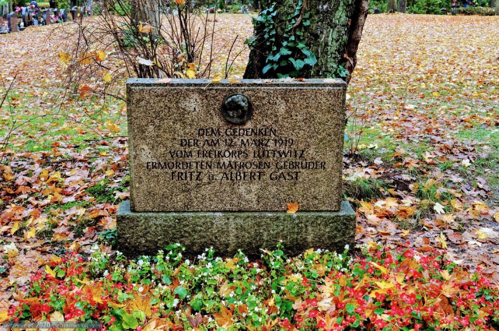 Memorial Stone of Red Sailors brothers Fritz und Albert Gast, executed on 12th March 1919