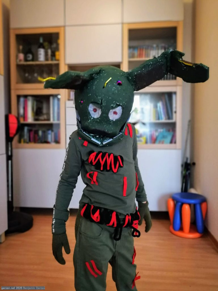 Springtrap is a serious bunny